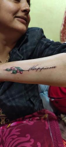 leave tatoo on hand